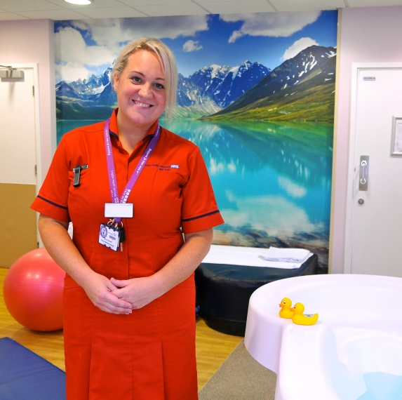 Midwife Becky in the Lucina birth centre